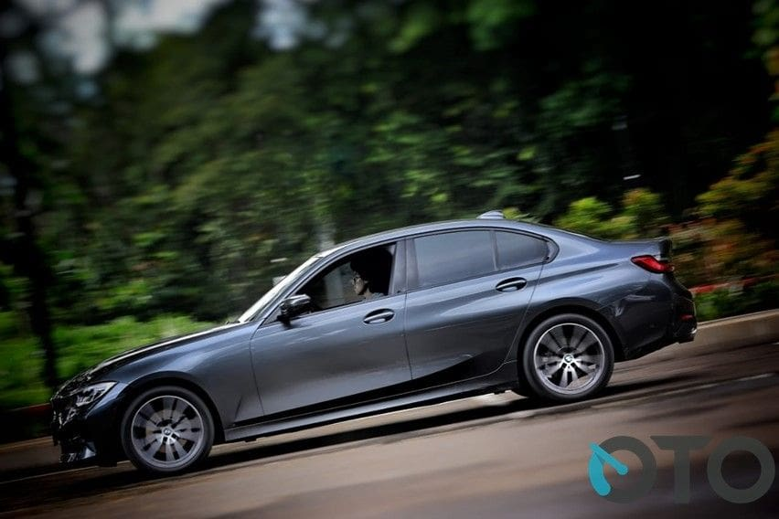 review BMW 320i Sport