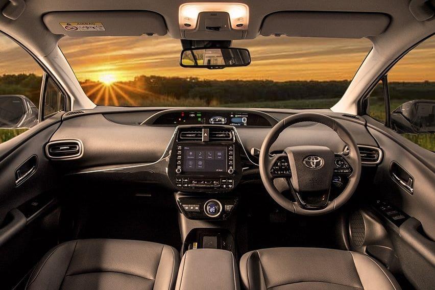 Interior Prius PHEV