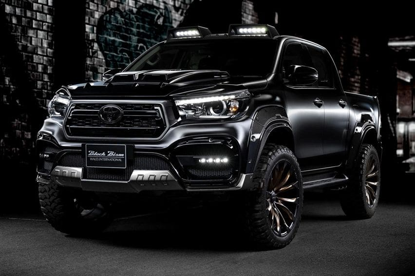 Toyota Hilux Black Bison Edition Tampil Sangar Seperti Monster