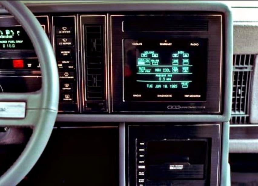Touch screen pada Buick Riviera
