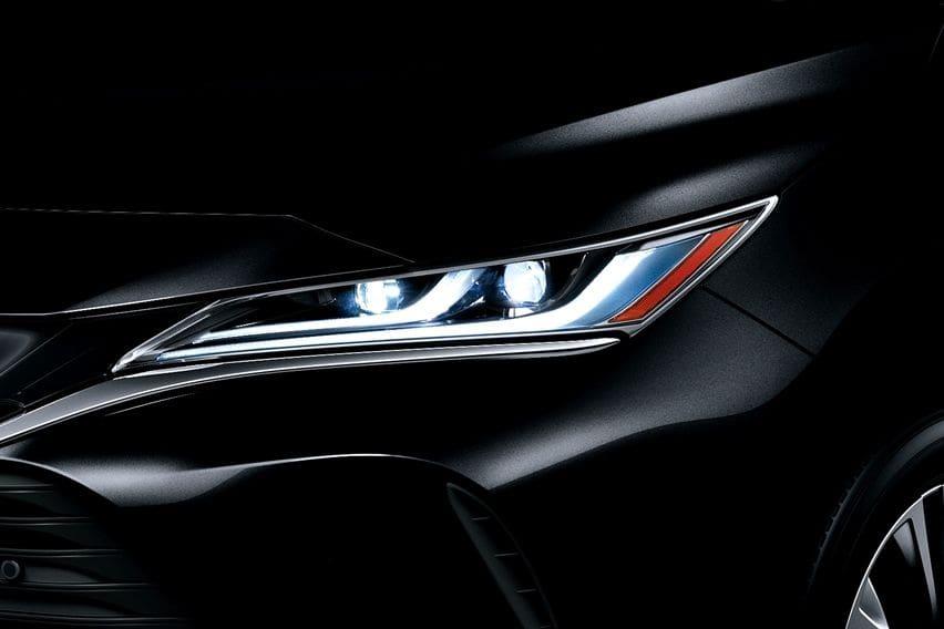 Lampu Toyota Harrier 2021