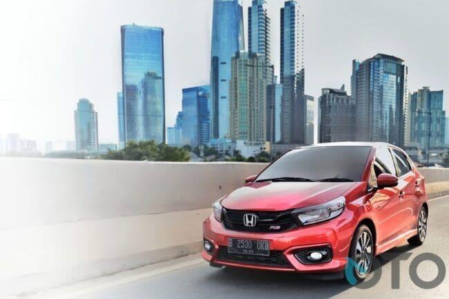 7 Nilai Jual yang Bikin Honda Brio Layak Anda Beli