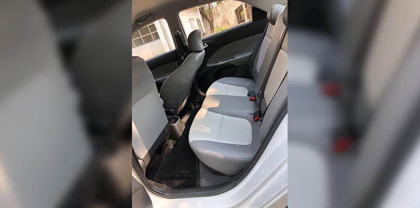 Kia Soluto 1.4 EX AT rear seats 850 x 420