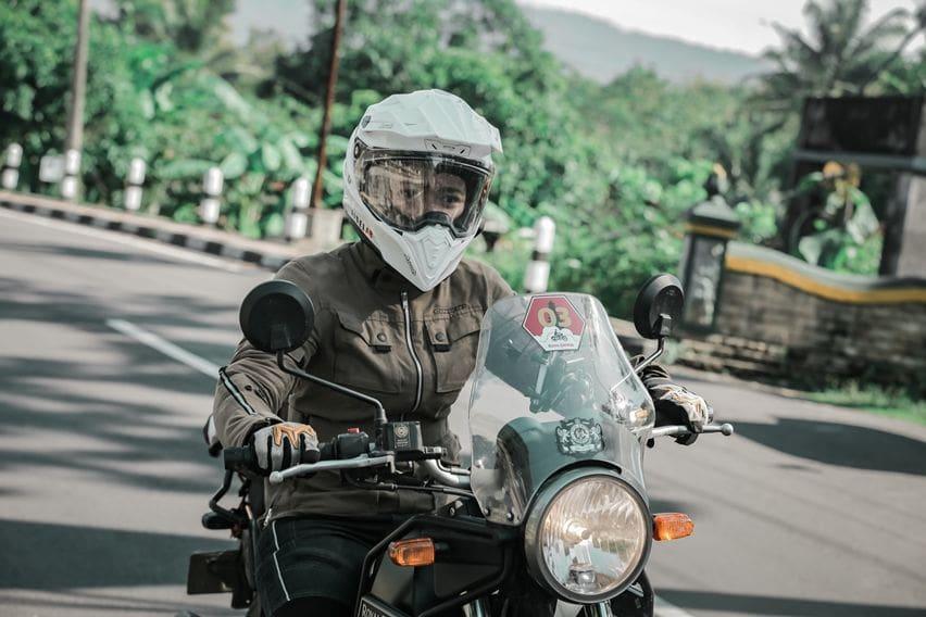 Jisel satu-satunya rider cewek