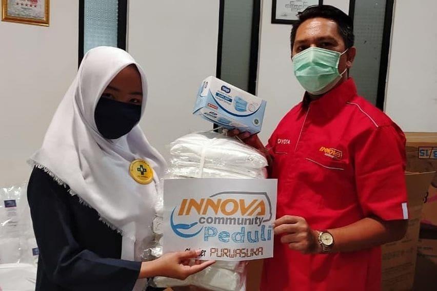 Innova Community Salurkan Bantuan Guna Menanggulangi Pandemi COVID-19