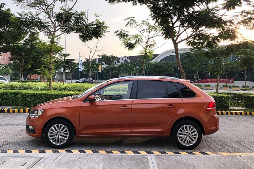 Volkswagen Santana GTS side