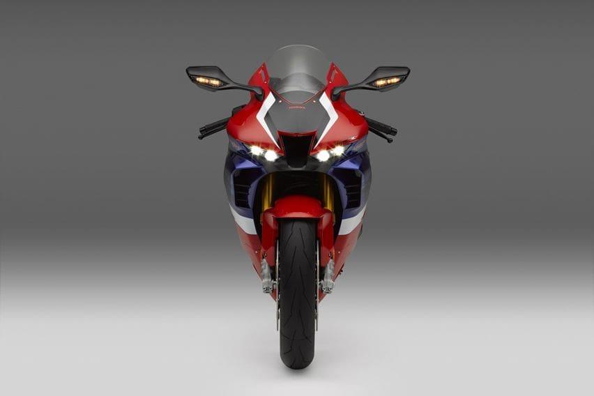 Honda CBR1000RR-R Fireblade SP front high beam