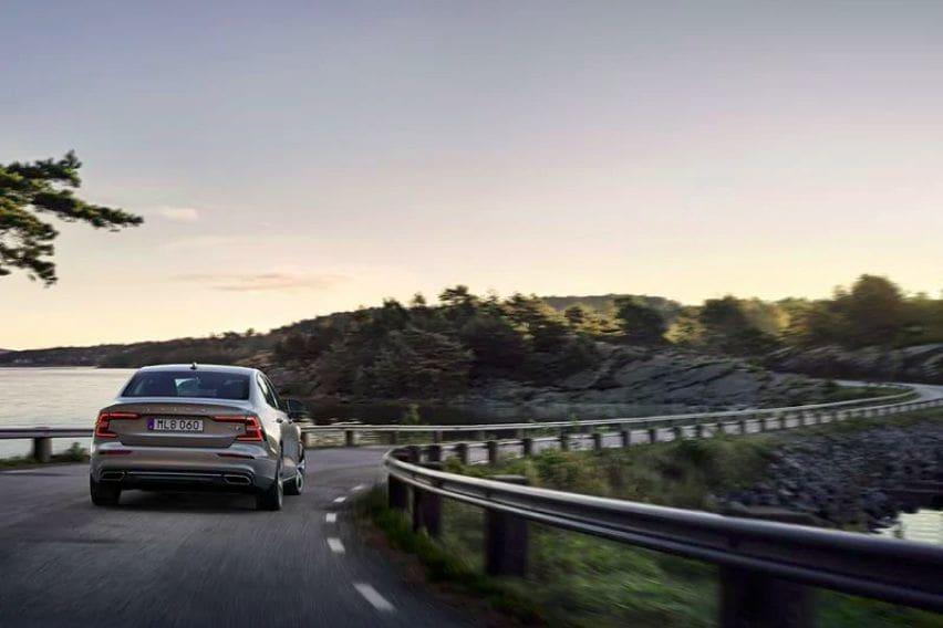 Volvo S60 rear