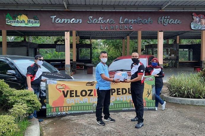 Komunitas Toyota Veloz Bantu Kebun Binatang