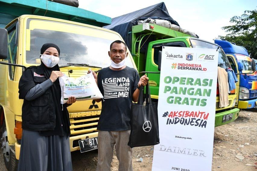 DCVI Berikan Bantuan Kepada Sopir Truk dan Bus