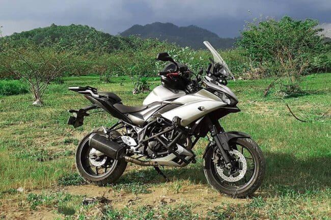 Modifikasi Yamaha R25 ala MT Tracer