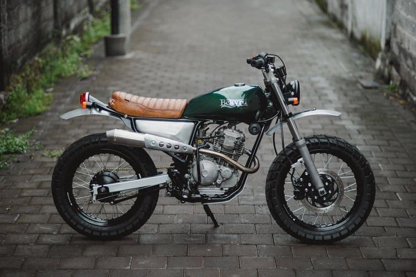 custom scrambler Yamaha Scorpio