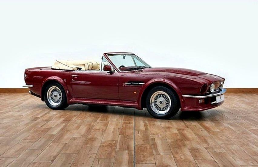 Aston Martin V8 Vantage Volante Dibanderol Fantastis Mantannya David Beckham Oto