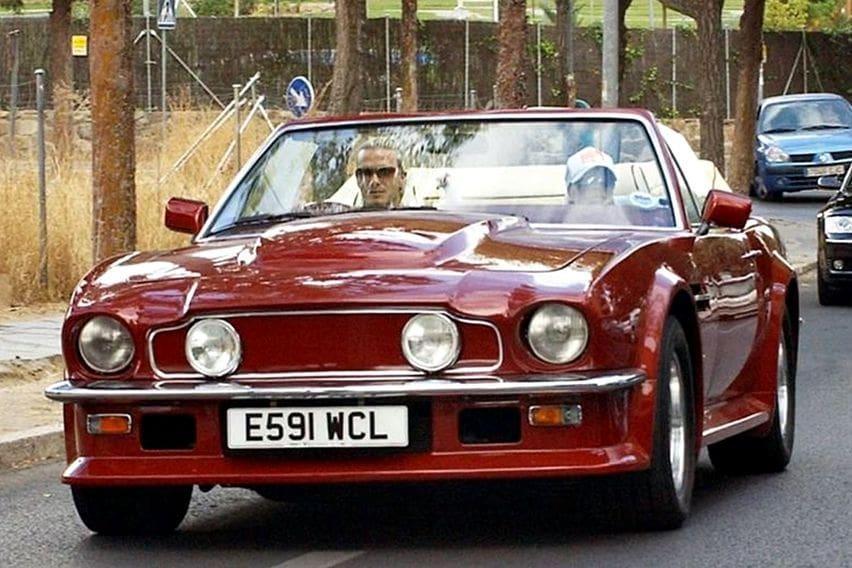 Aston Martin V8 Vantage Volante Dibanderol Fantastis, Mantannya David Beckham