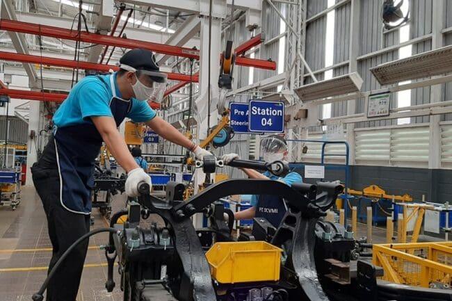 Pabrik Kendaraan Niaga Mercedes-Benz di Wanaherang Kembali Aktif