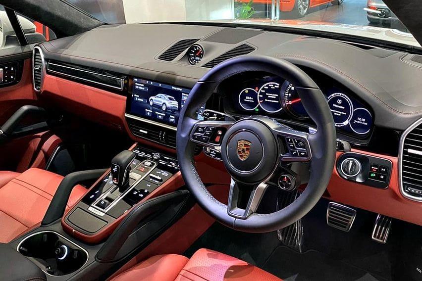 Kabin Porsche Cayenne S Coupe