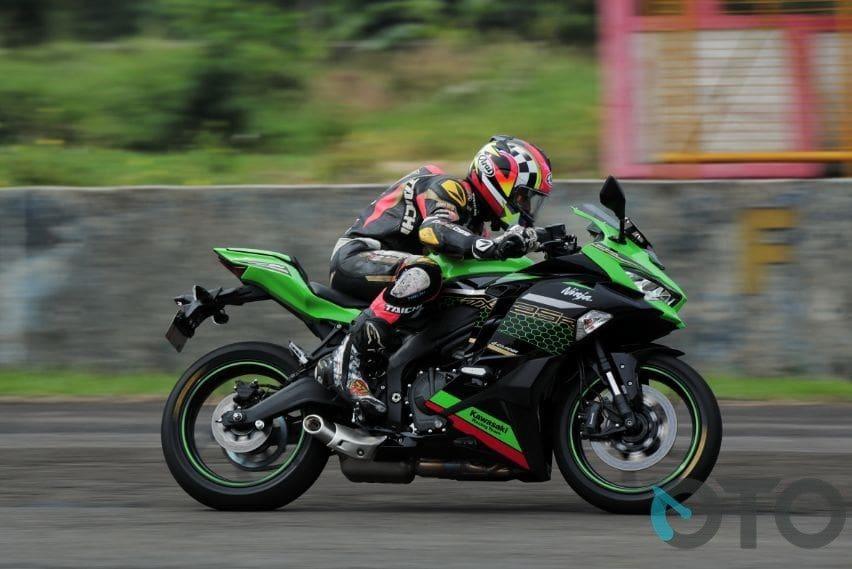 Pilihan Motor Sport dengan Fitur Assist and Slipper Clutch