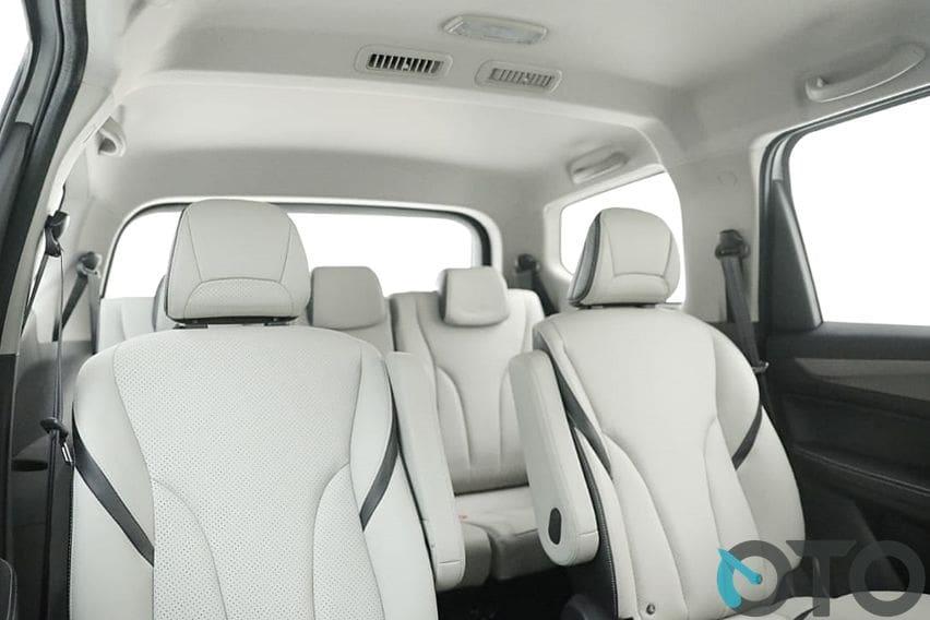 interior kabin Wuling Cortez CT Type S