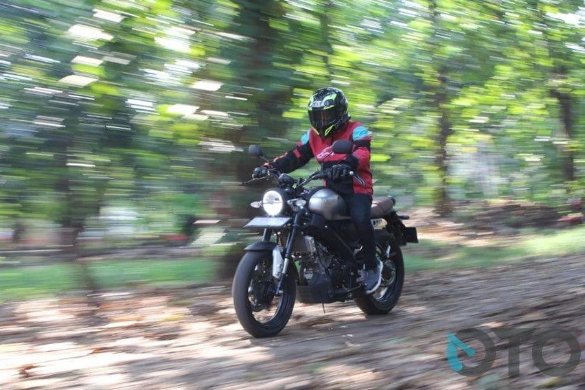 Test Ride Yamaha XSR155: Sensasi Motor Sport Bergaya Klasik