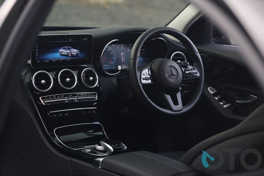 Interior Mercedes-Benz C180 Avantgarde Line
