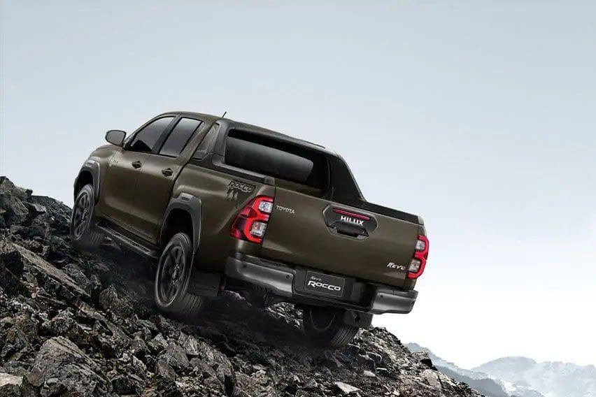 2020 Toyota Hilux performance