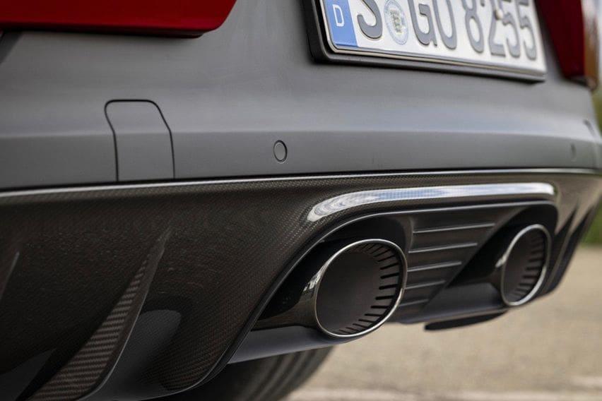 Porsche Cayenne new exhaust body photo 2
