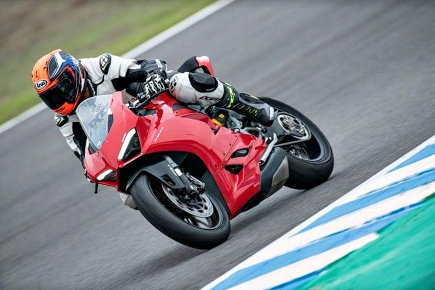 First ride Ducati Panigale V2