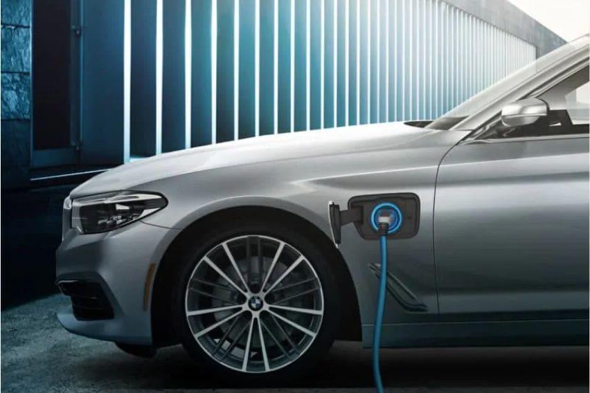 BMW plug-in hybrid car side
