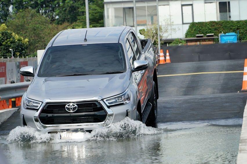 Toyota Hilux Facelift Resmi Mendarat di Tanah Air, Dibekali Penyempurnaan Mekanikal