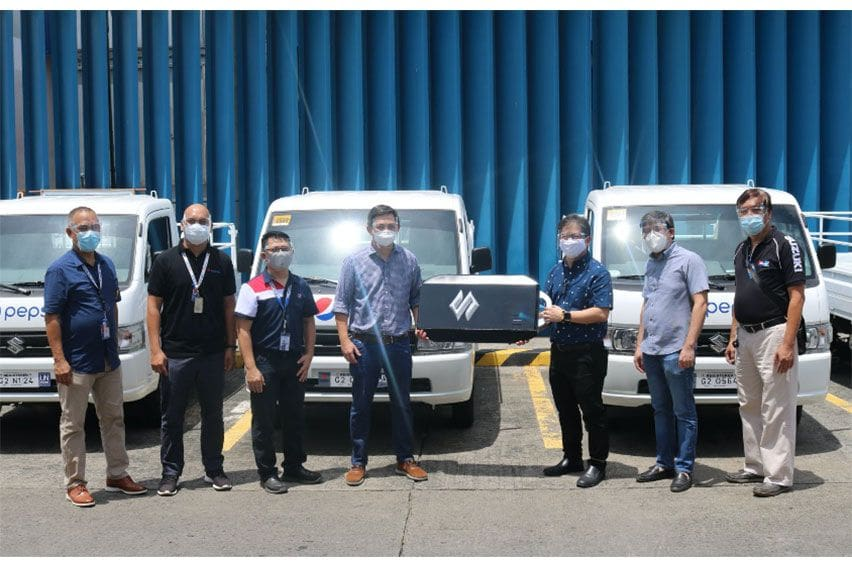 Suzuki Auto UN turns over first batch of 105 Carry units to Pepsi