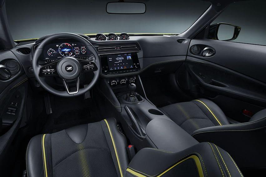 Nissan-Z-Proto-body-photo-3