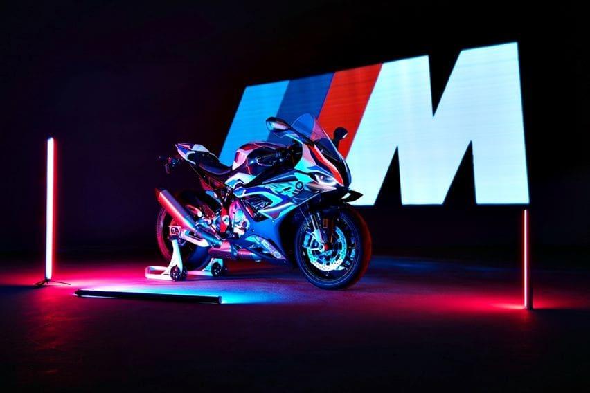 BMW M 1000 RR, Superbike 'M' Pertama Meluncur, Ini Spesifikasinya