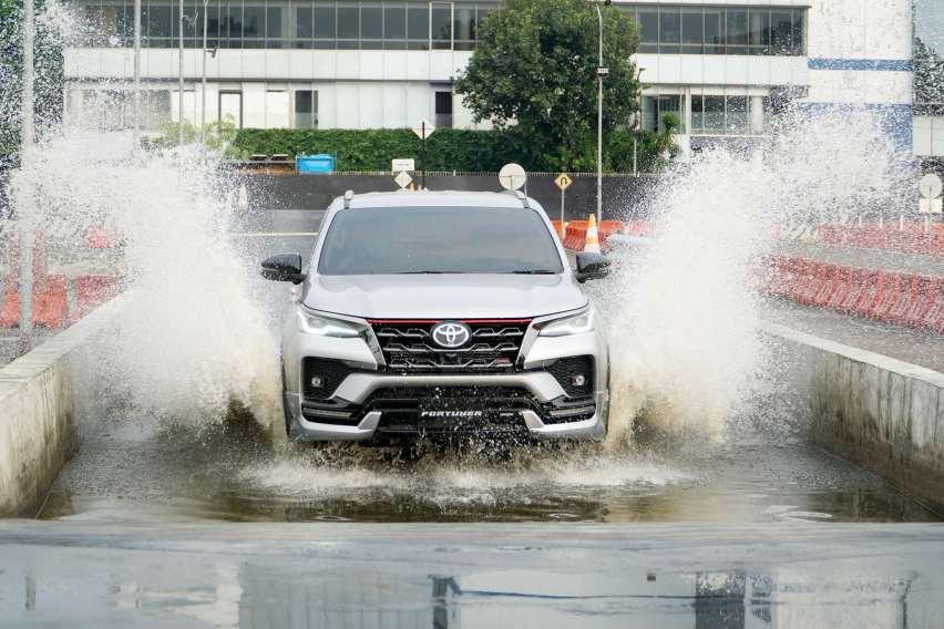Beli Toyota Fortuner Baru Atau Bekas, Better Mana?