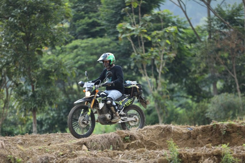 test ride Kawasaki KLX150BF