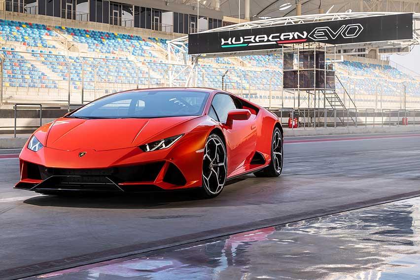 'MotorTrend' hails Lamborghini Huracán EVO 'Best Driver's Car' of 2020