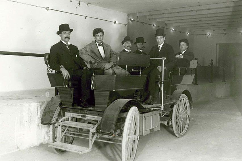 Mobil Listrik Sudah Jadi Transportasi Umum di AS Sejak 112 Tahun Lalu