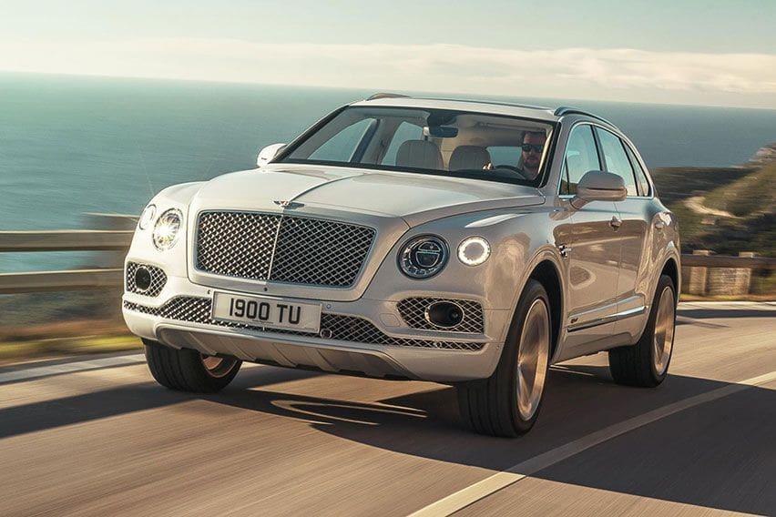 Fitur-Fitur Menarik yang Tertanam di Bentley Bentayga Hybrid 2021