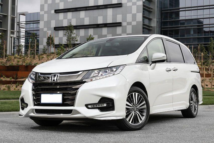 Opsi MPV Mewah Namun Bujet Mentok di Toyota Alphard Tipe X