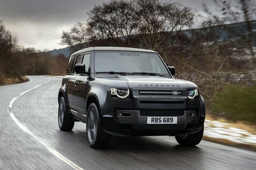 Land Rover Defender Bakal Punya Varian Bertubuh Panjang 18 Bulan Lagi