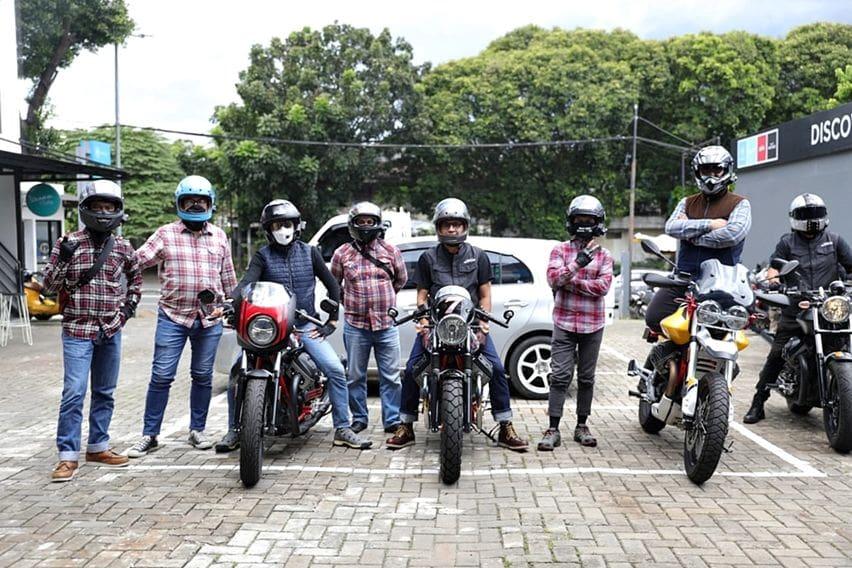 Moto Guzzi Sunday Morning Ride, Keliling Jakarta Selatan Sekaligus Walk Around Diler Premium Motoplex