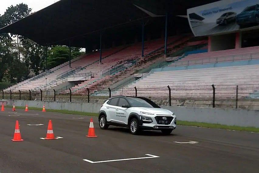 First Drive Hyundai Ioniq dan Kona Electric, Kejutan Performa di Balik Senyap