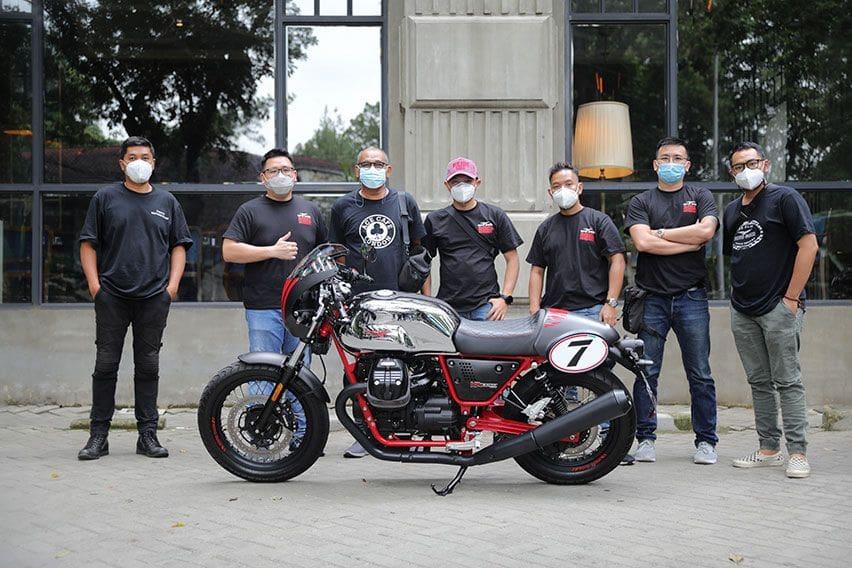 Sunmori Asyik Bareng Moto Guzzi Keliling Jalan Protokol Jakarta