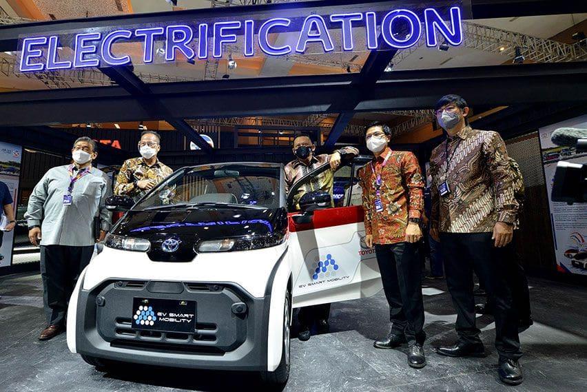 Rayakan HUT ke-50 Tahun, Toyota Indonesia Boyong Teknologi Elektrifikasi di IIMS Hybrid 2021