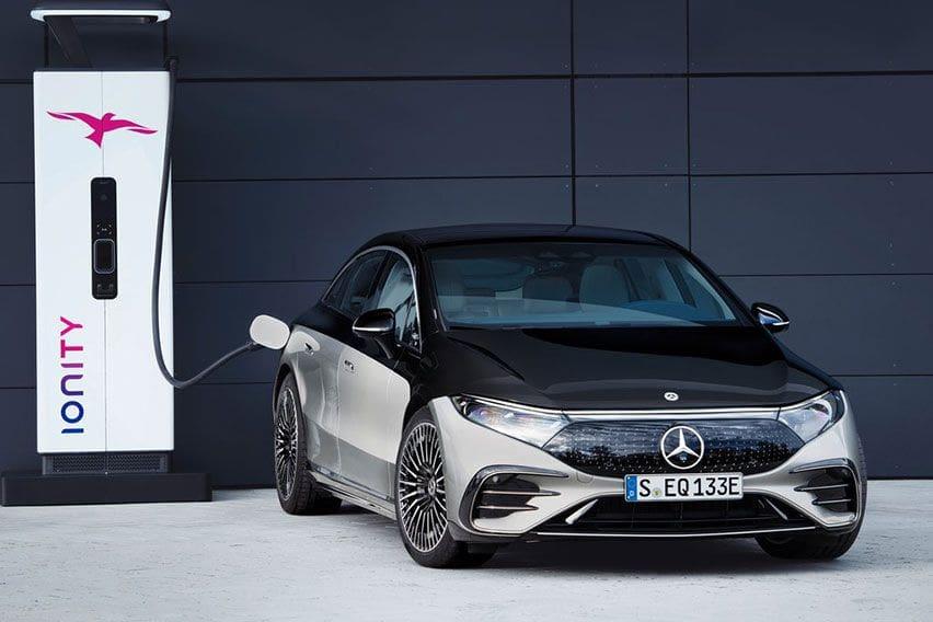Mercedes EQS Siap Saingi Tesla Soal Kemampuan Menempuh Jarak Jauh